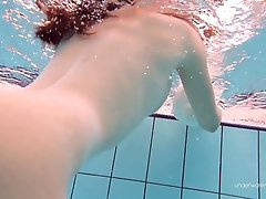 Katy Soroka hairy teen underwater added 1 year ago by yopopu