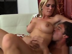 Blonde Nerd Babe Being Playful And Horny As She Masturbates uploaded 1 year ago by priho
